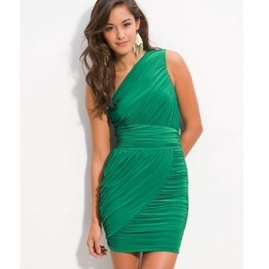 Gorgeous Kelly green soprano one shoulder dress